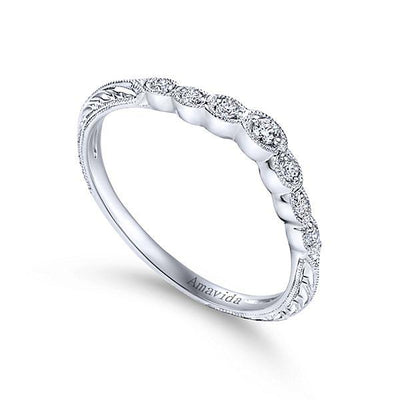 Platinum Vintage Inspired Amavida Diamond Wedding Ring