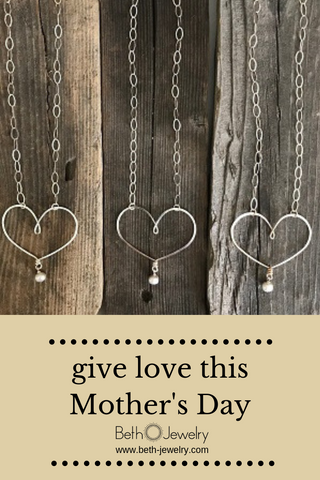 silver heart necklaces for mom