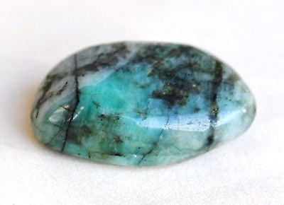 High Grade Crystal Emerald Tumble Stone - Krystal Gifts UK