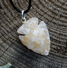 Load image into Gallery viewer, Natural Raw Yellow Jade Crystal Stone Pendant Necklace