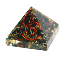 Load image into Gallery viewer, Bloodstone Small Crystal Chip Orgone Pyramid