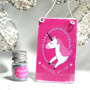 """Unicorns Are Real"" Metal Hanging Sign & Unicorn Glitter 'Food' Gift Set - Krystal Gifts UK"