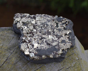 New! Natural & Unique Shungite & Pyrite Rare Protection Crystal Inc Luxury Gift Box