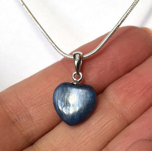 New! Natural Kyanite Crystal 925 Sterling Silver Stone Heart Pendant Inc Chain & Gift Box