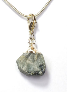 New! Natural Raw Emerald Electroplated Crystal Stone Charm/ Pendant Necklace Gift Boxed