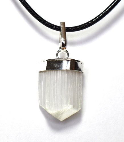 New! Natural Raw Selenite Crystal Stone Faceted Pendant Inc 18