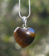 "Load image into Gallery viewer, New! Natural Polished Sterling Silver Tigers Eye Crystal Heart 925 Silver Pendant Inc 18"" Silver Necklace & Gift Box"