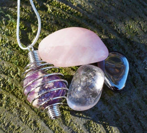 New! RAC Rose Quartz Amethyst  Clear Quartz & Hematite Natural Crystal Tumble Stones Cage Pendant Necklace Set Gift Boxed