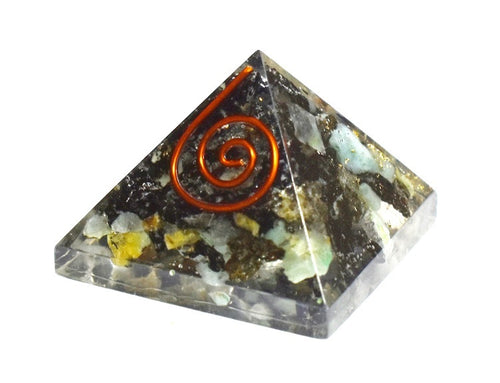 New! Natural Small Emerald Crystal Stones Orgone Pyramid