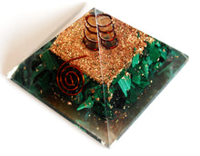 Load image into Gallery viewer, Malachite Large Crystal Stone Chips Orgone Pyramid