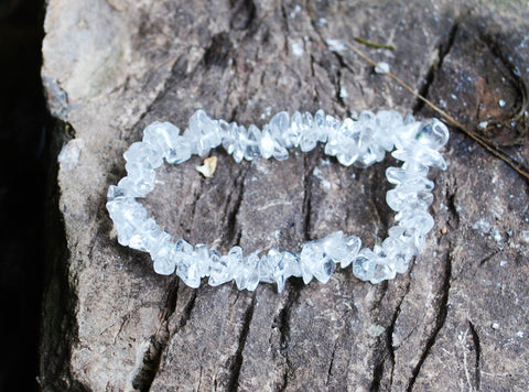 Clear Quartz Natural Crystal Stone Chips Bracelet