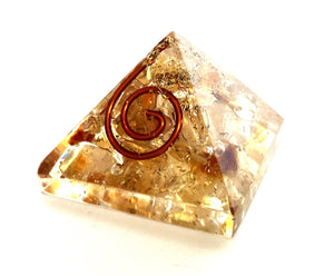 NATURAL SUN STONE PYRAMID REIKI ENERGY CHARGED CRYSTAL PYRAMID 20MM TO 25MM