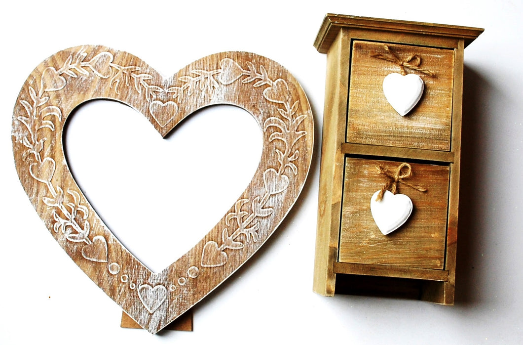 Clearance Sale! Wooden Shabby Chic Hearts Picture Frame & Drawers Gift Set