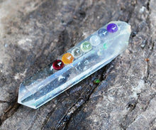 Load image into Gallery viewer, Clear Quartz Terminated Crystal Healing Point with Chakra Gem Stones