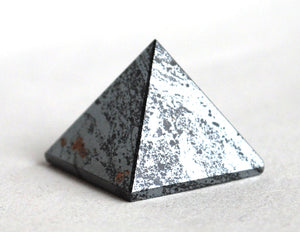 Reiki Energy Charged Hematite Pyramid Crystal Natural Positive Crystal Healing - Krystal Gifts UK