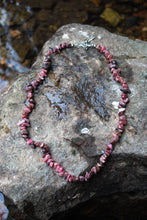 "Load image into Gallery viewer, Natural Rhodonite Crystal Stone Chips 18"" Extendable Necklace"
