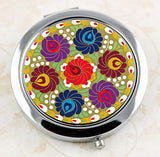 Vintage style floral compact mirror from DecorativeDesignWorks.com