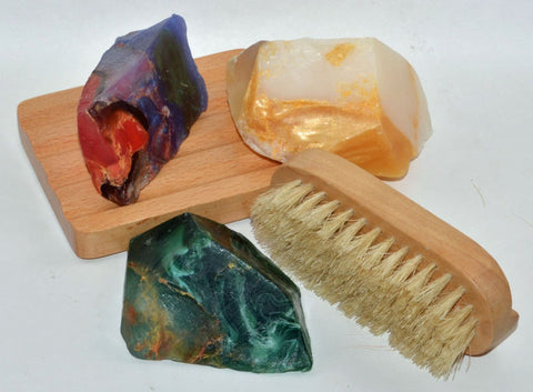 3 Palmstone Gift Set with Soap Rack & Nail Brush