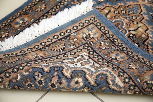 Handmade vs Machine-made Rugs: How do they differ?