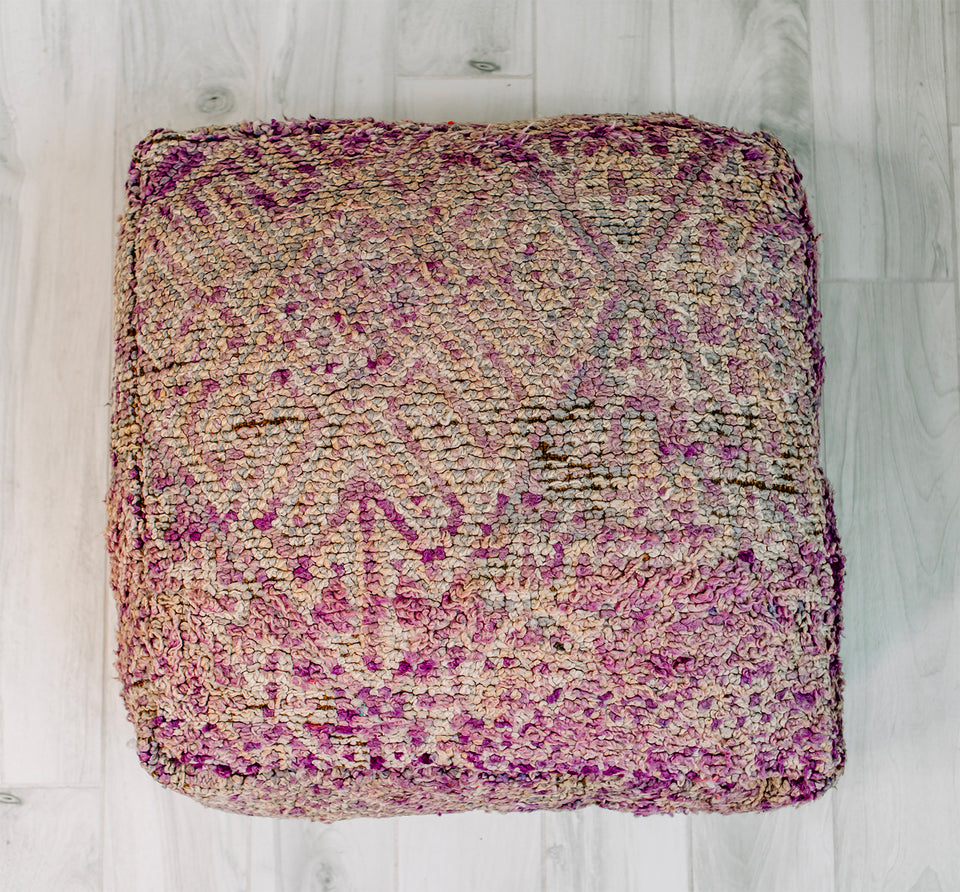 "THE EDGE OF THE SEA BERBER PILLOW 28"" x 28"""