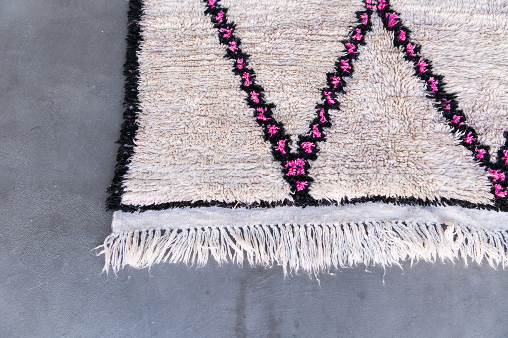 [SOLD] MIDCENTURY MOMENT azilal vintage moroccan berber carpet