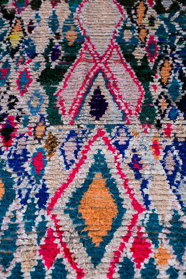[SOLD] SNOW ANGELS boucherouite vintage moroccan berber carpet