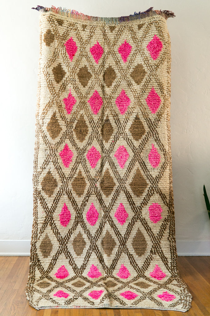 [SOLD] QUEEN OF DIAMONDS vintage berber carpet