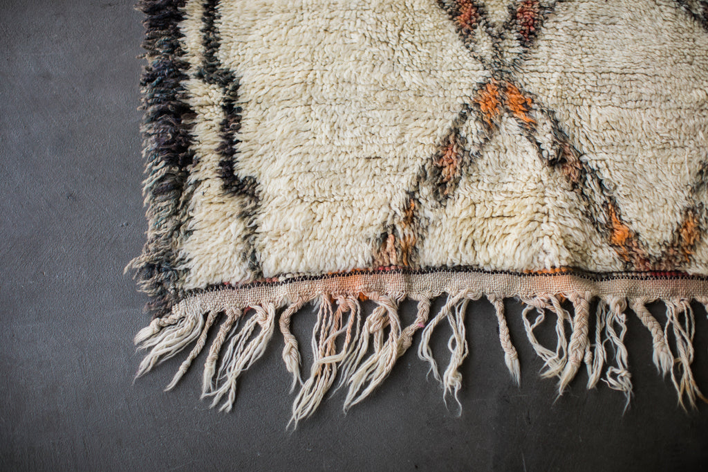 [SOLD] LION HEART vintage marmoucha berber moroccan rug