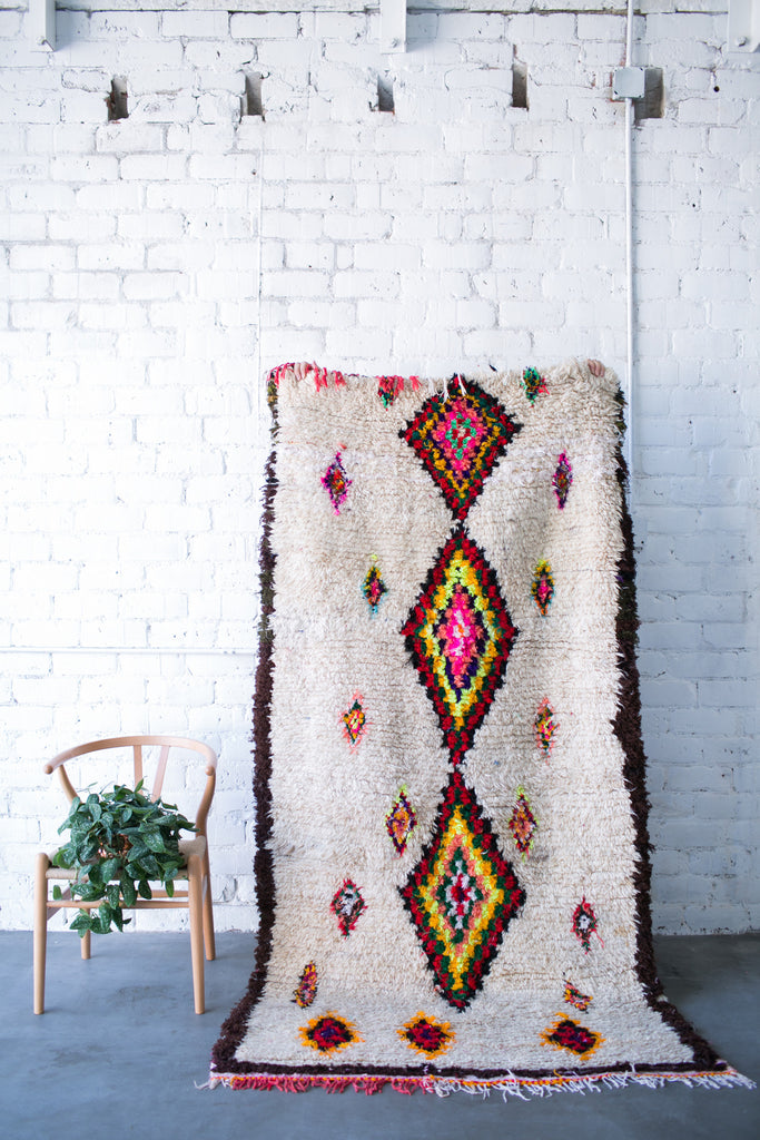 [SOLD] JIMI DOES DALLAS boucherouite vintage moroccan berber carpet