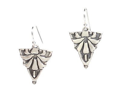 Pointed Lily Silver Earrings
