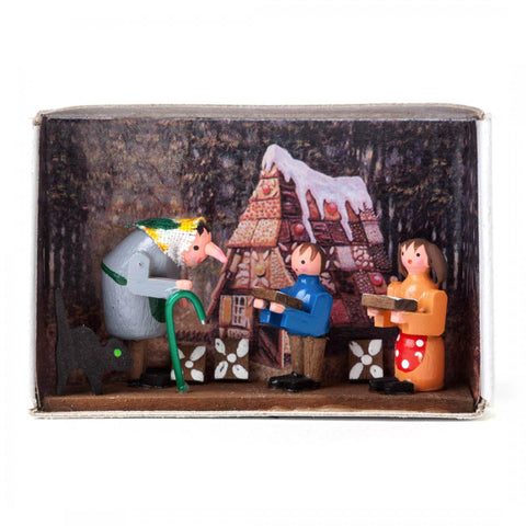 028/101 - Matchbox Scene with Hansel and Gretel