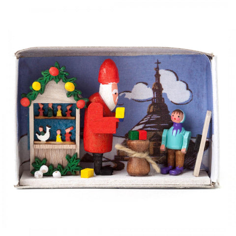028/103 - Matchbox Scene: Christmas