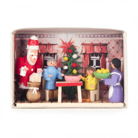 028/159 - Matchbox Scene: Christmas at Home