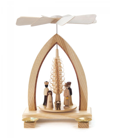 085/100G - Pyramid - Nativity Scene around Spanbaum Tree