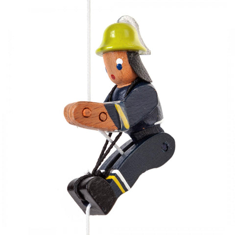 105/030/1 - Climbing Figurine - Fire Fighter