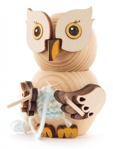 Mini Owl Knitting