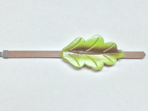 8 Day Oak Leaf Pendulum w/ Green & Brown Paint