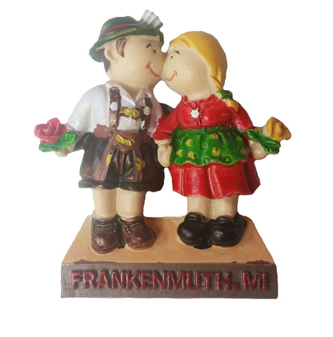 Kissing Couple Magnet w/ Frankenmuth
