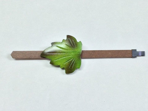 AP13 - 1 Day Green Maple Leaf