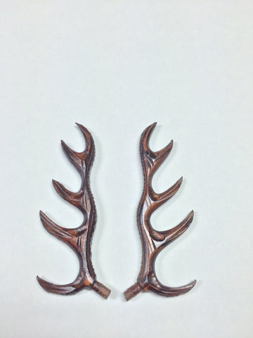 AA05W - Wooden Antlers 5""
