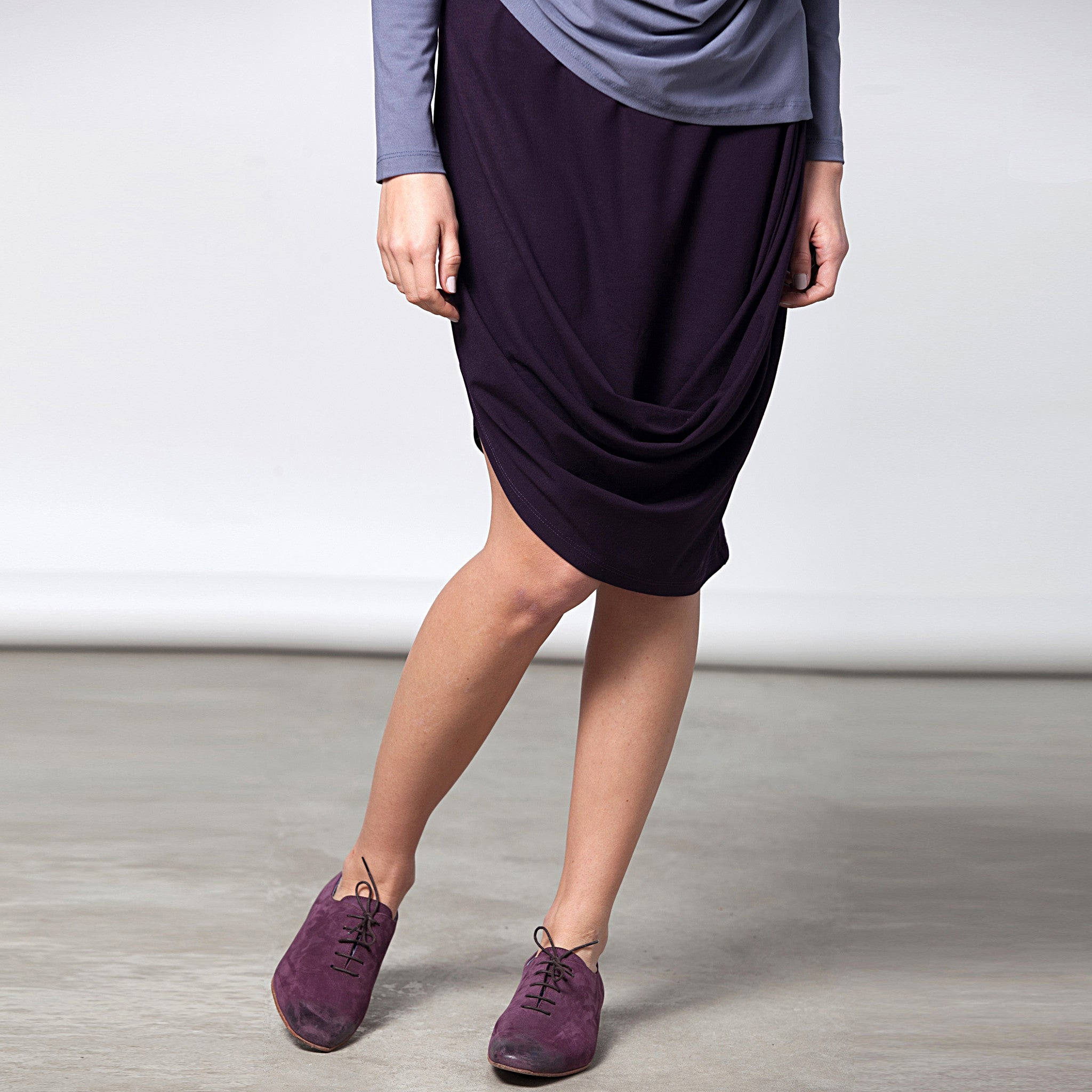 Sample Sale - Draped jersey skirt in grey stone size S-M - DuendeFashion  - 3