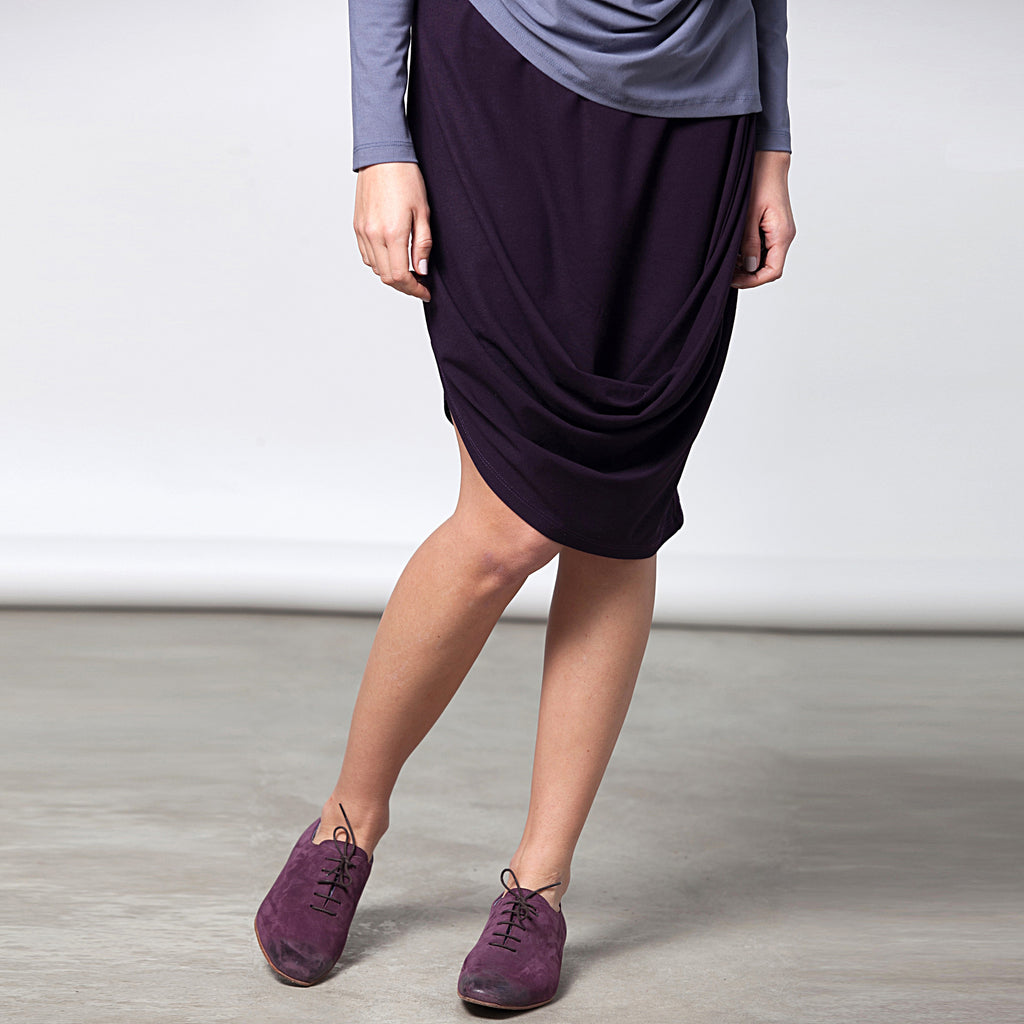 Sample sale- Draped jersey skirt size S-M color aubergine - DuendeFashion  - 1