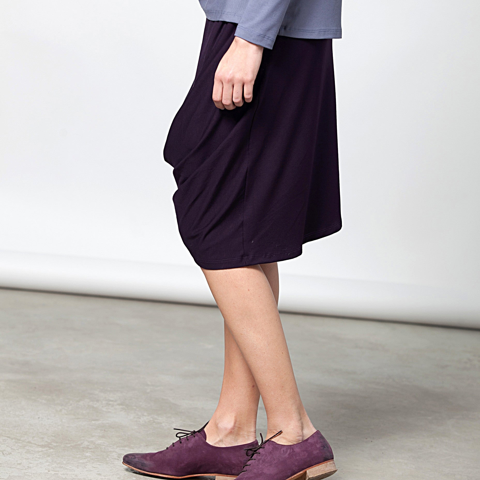Sample Sale - Draped jersey skirt in grey stone size S-M - DuendeFashion  - 4