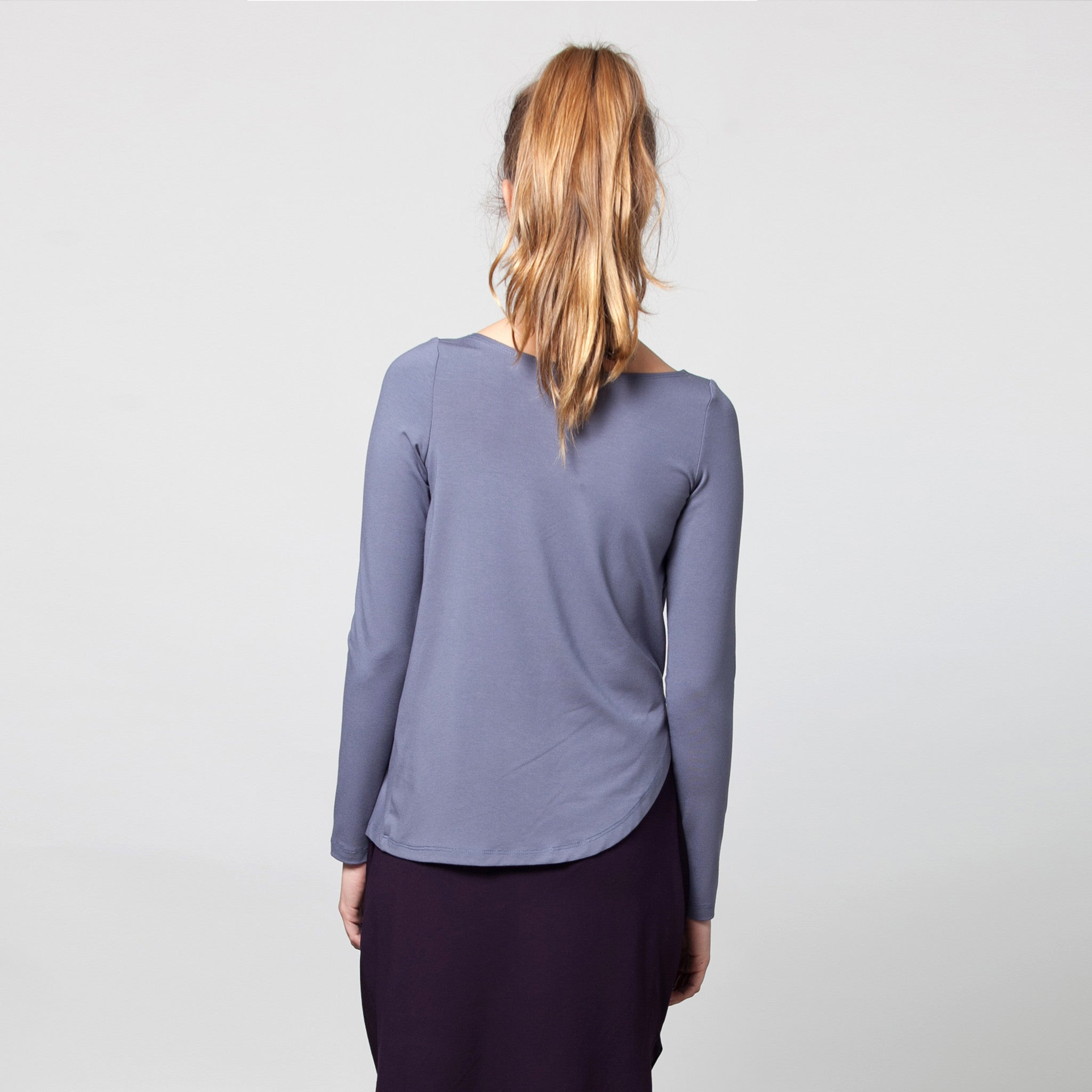 Sample sale- Long sleeve draped jersey top size S color purple grey - DuendeFashion  - 5