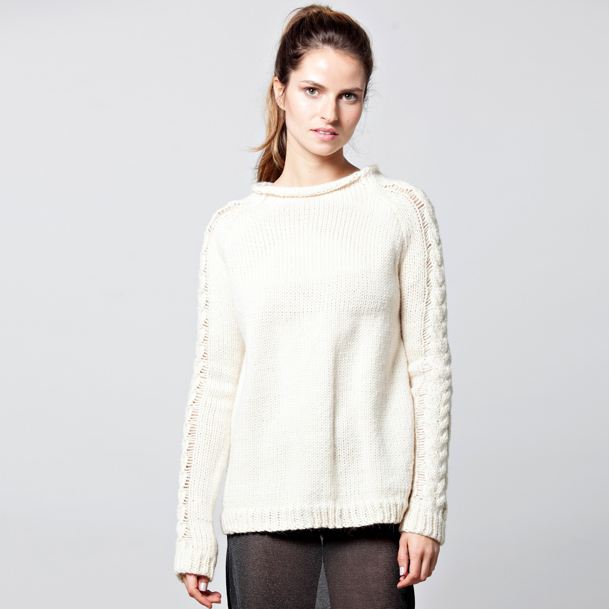 Raglan alpaca sweater - DuendeFashion  - 5