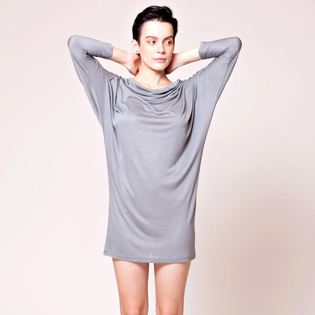 batwing light viscose or cotton slub dress - DuendeFashion  - 1