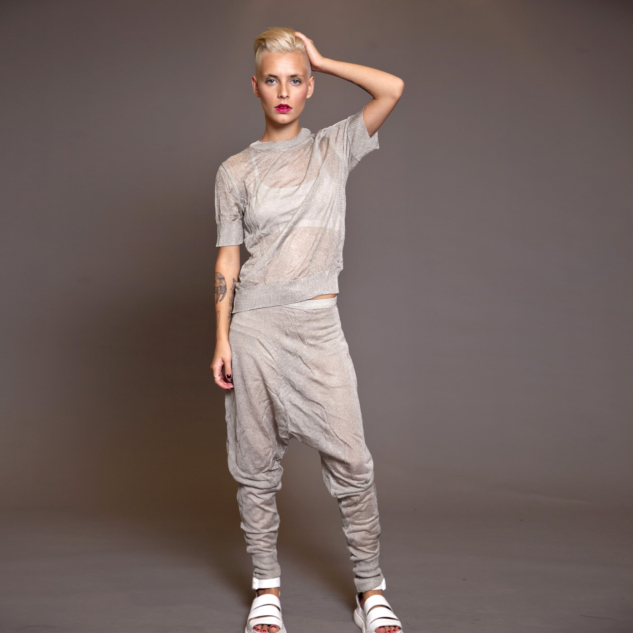 Sample sale- Metallic knit harem pants size M color silver - DuendeFashion  - 2