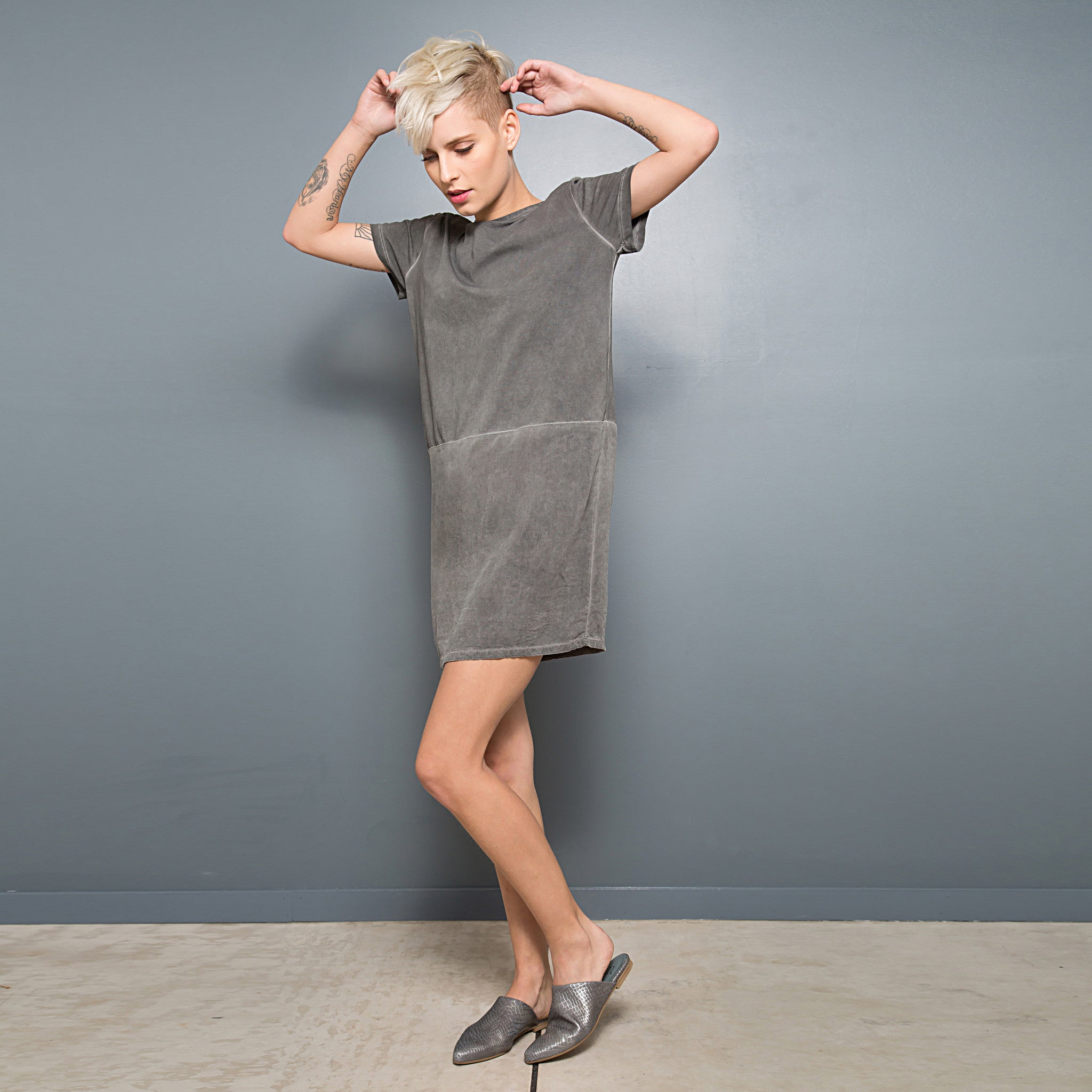 Half jersey half viscose summer T-shirt dress - DuendeFashion  - 3