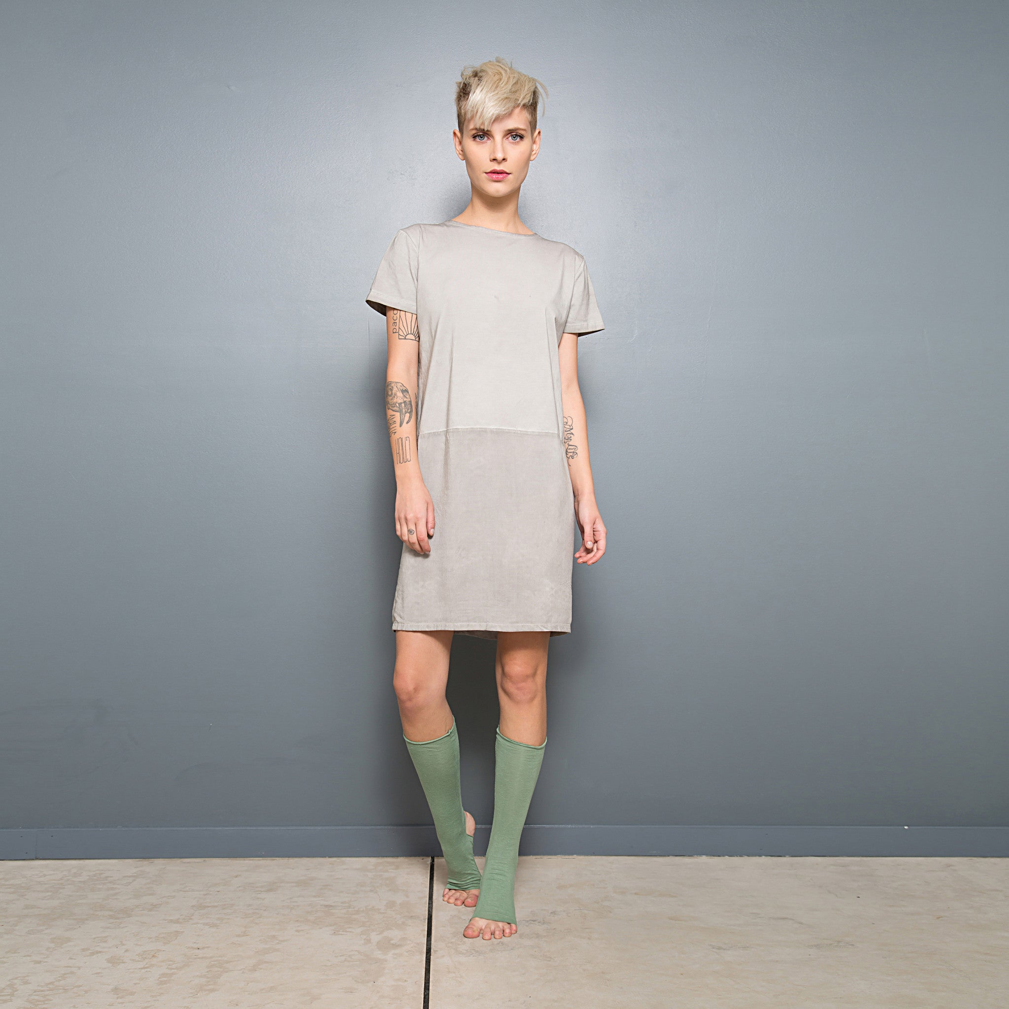 Half jersey half viscose summer T-shirt dress - DuendeFashion  - 2