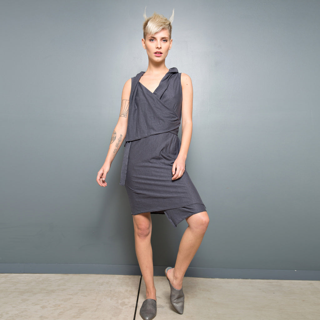 Sleeveless wrap Dress - DuendeFashion  - 1
